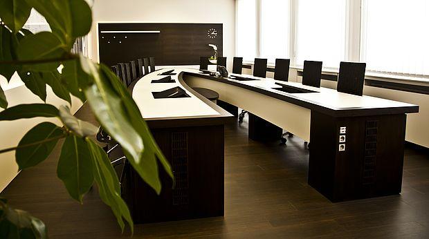 dessau rosslau wirtschaftsf rderung vetter m belbau inneneinrichtung gmbh. Black Bedroom Furniture Sets. Home Design Ideas